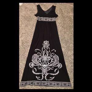 💜SALE💜 FOREVER maxi dress, black white